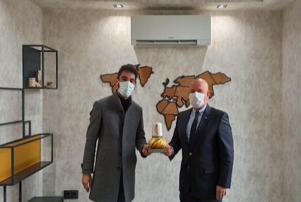 KONTİMDER Yönetim Kurulu Üyesi Berhan Güneş, işyerinde ziyaret edildi.